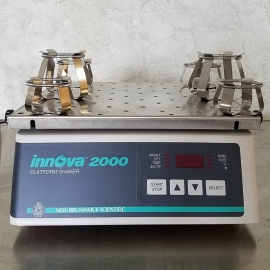 New Brunswick Innova 2000 Platform Shaker