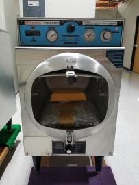 Market Forge Sterilizer with Temperature Control 230-250F
