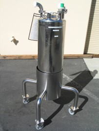 50 Liter Stainless Tank on Mobile Stand