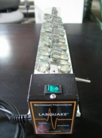 Barnstead Thermolyne Labquake Shaker